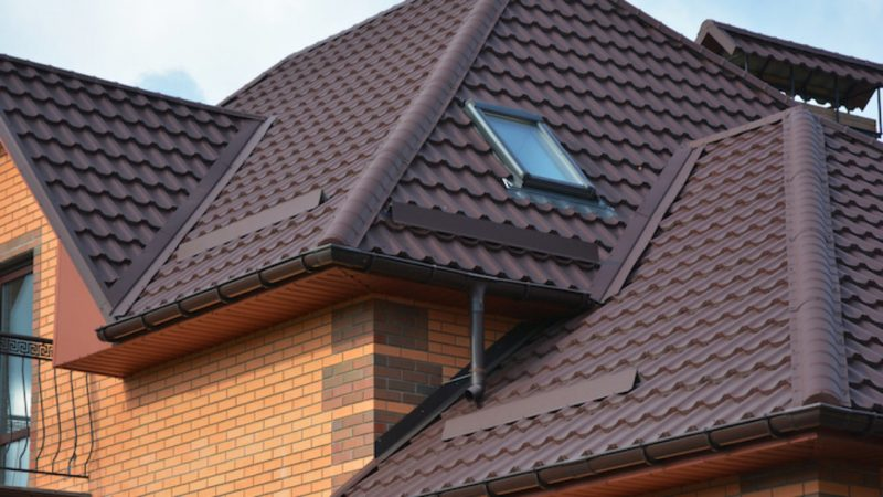 Construção de telhado cm telhas térmicas