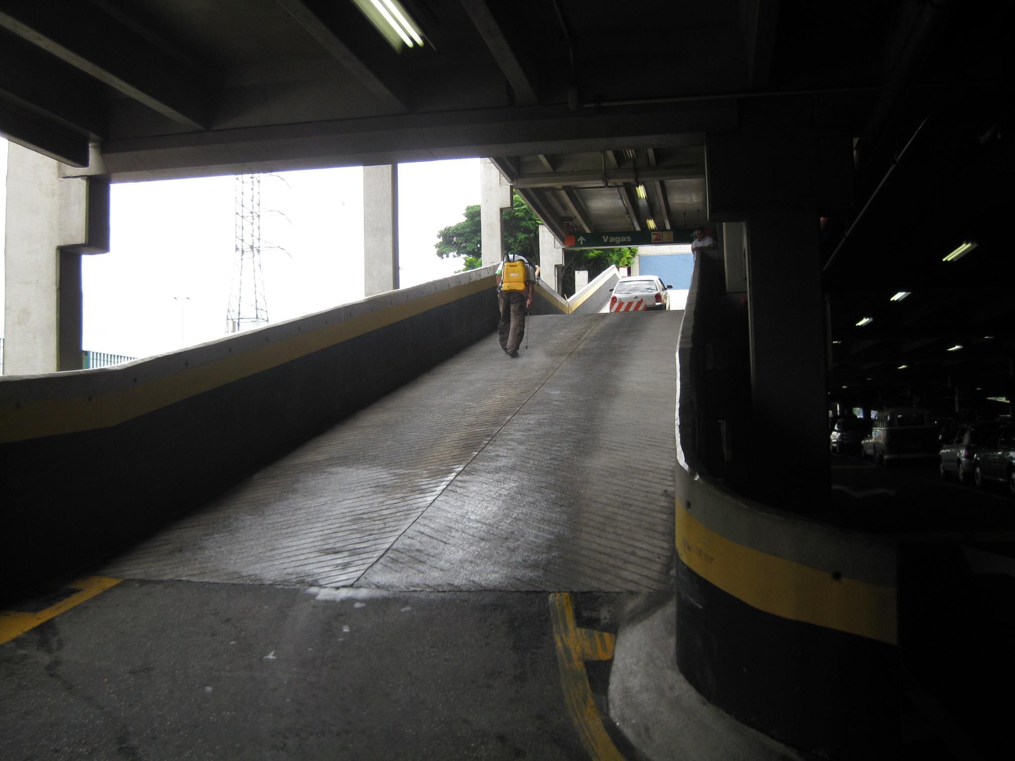 Inclinação De Rampa de Garagem