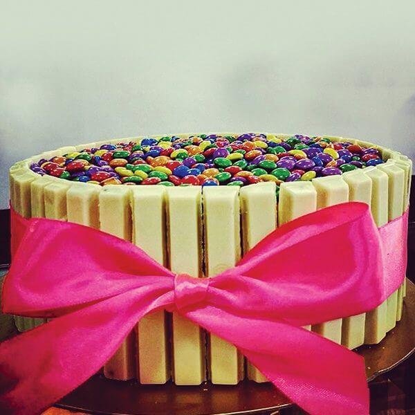 Torta de Kit Kat Branco