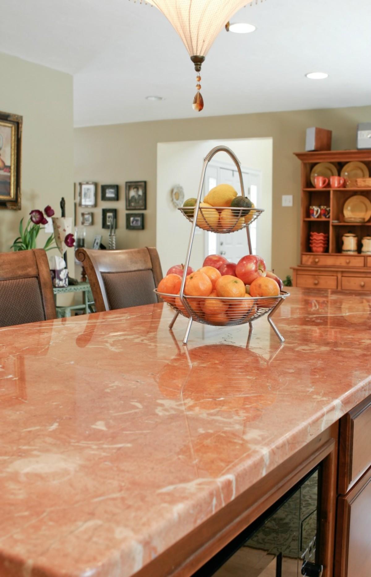 Cozinhas com granito rosa