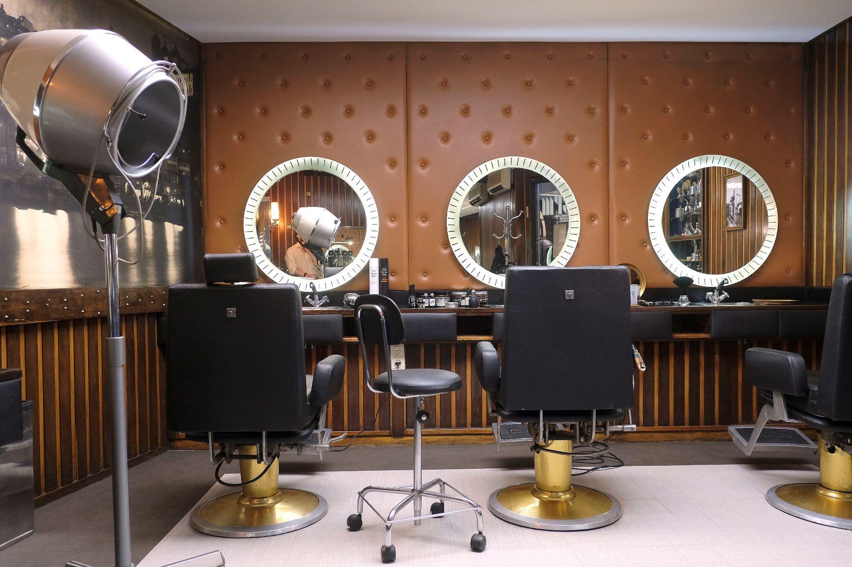 Barbearia Simples Moderna