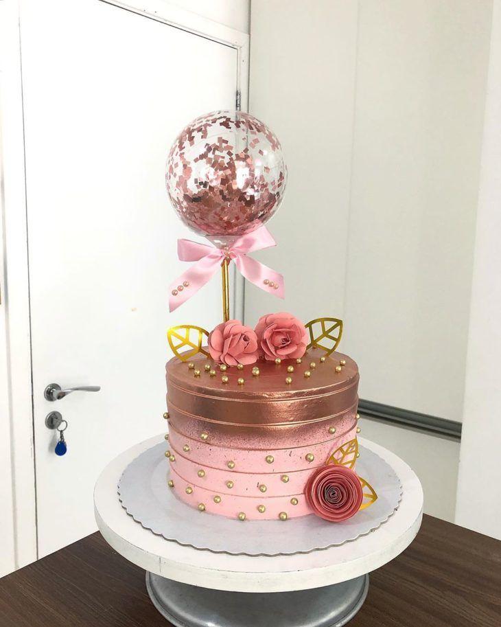 Bolo Rosé Gold balões