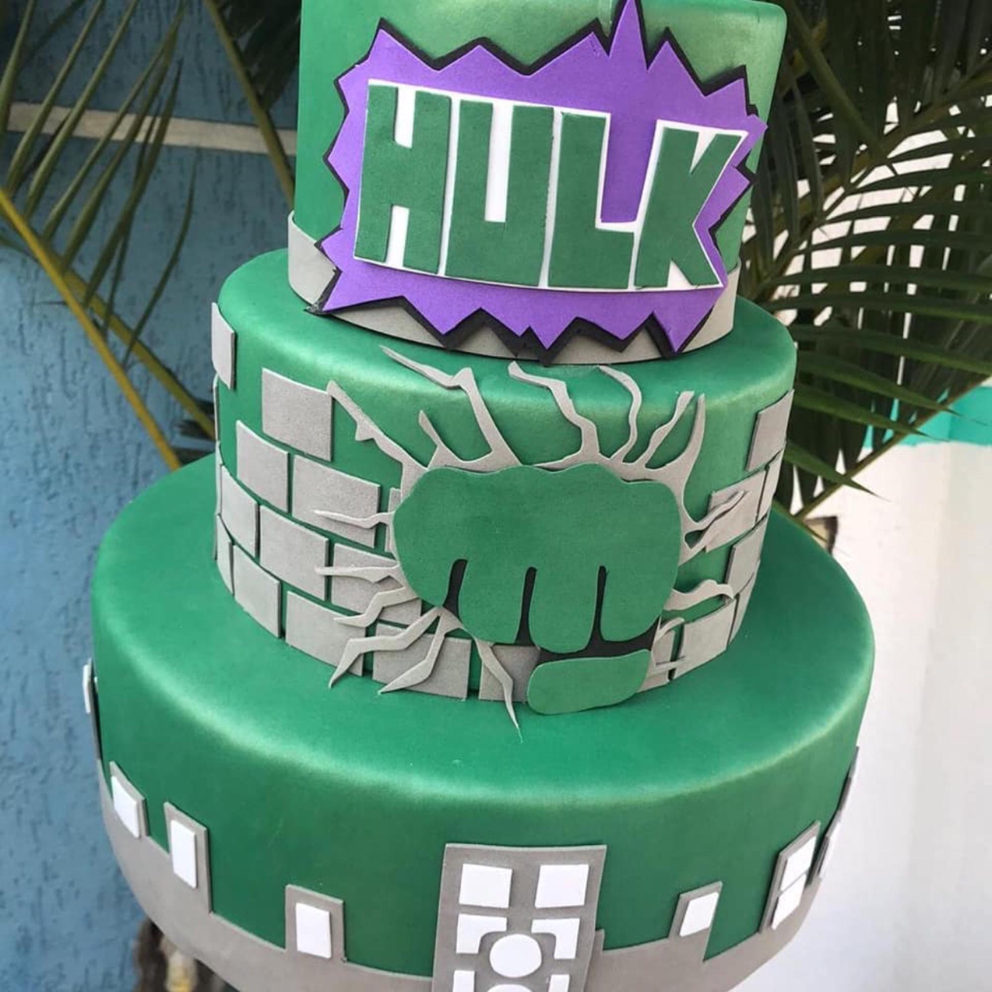Bolo Fake do Hulk