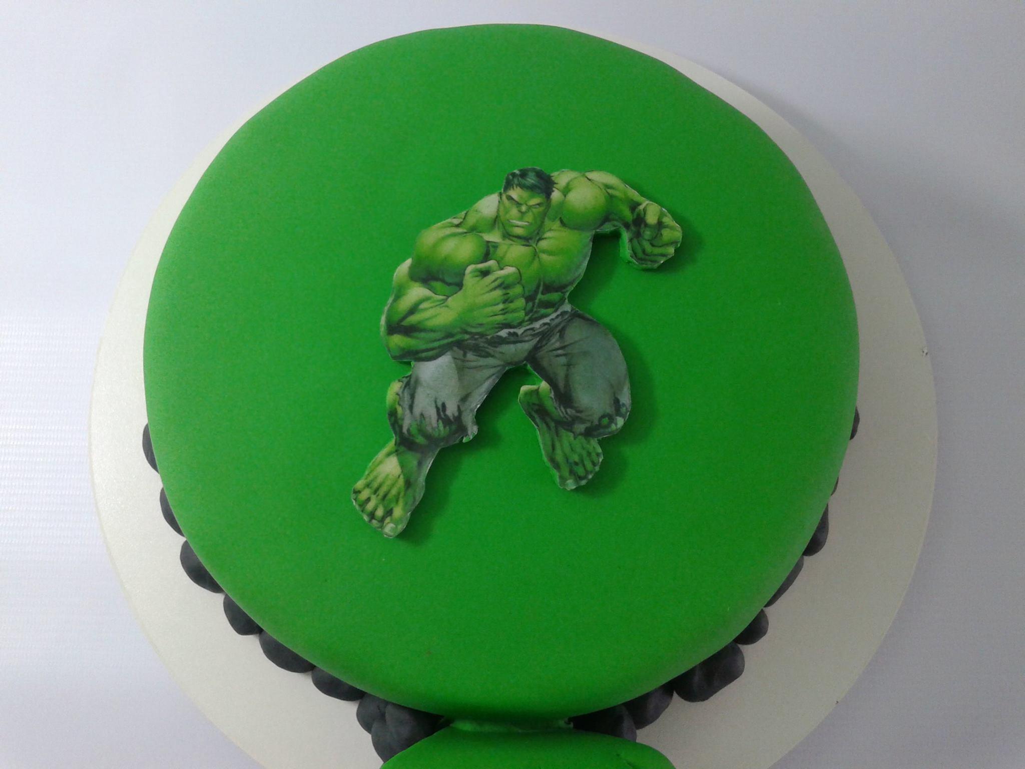 Bolo do Hulk pasta americana