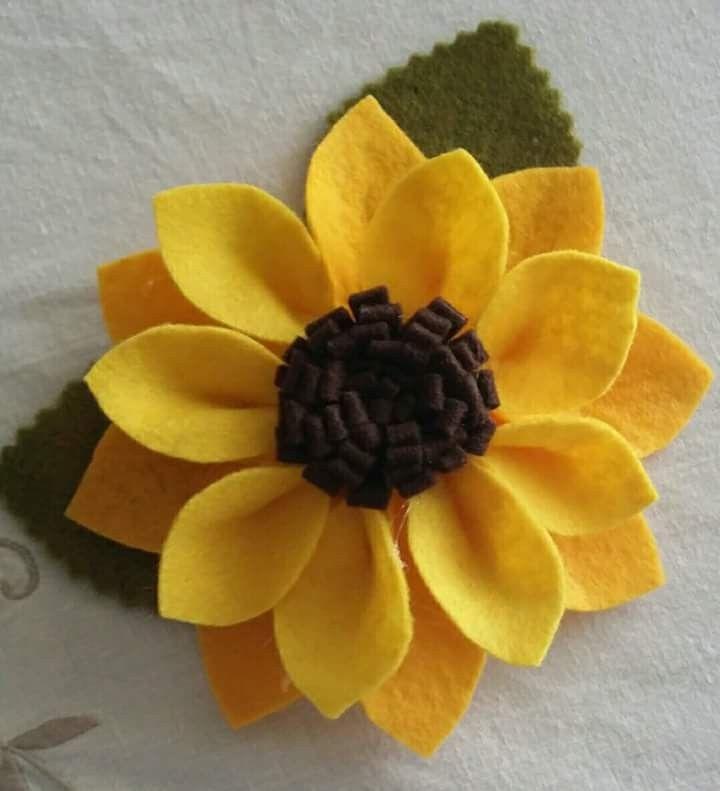 Flor Simples De Feltro