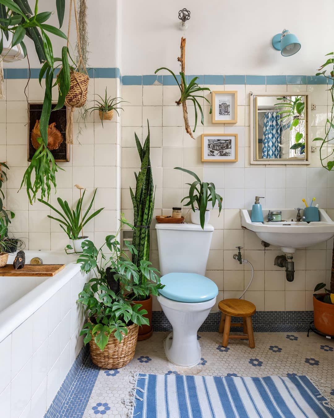 Urban Jungle no banheiro